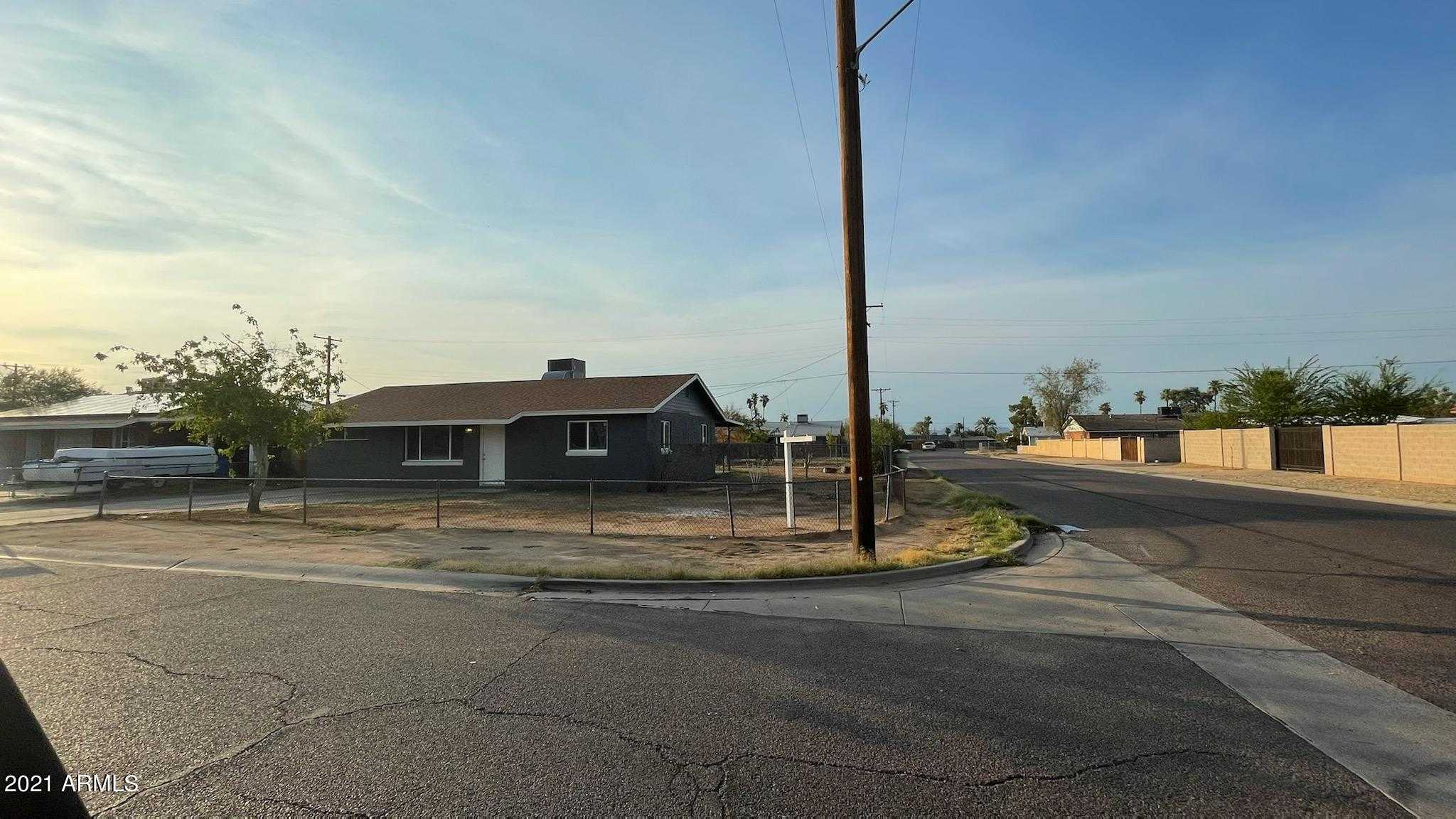 $249,999 - 3Br/1Ba - Home for Sale in Southern Manor Unit 2, Phoenix