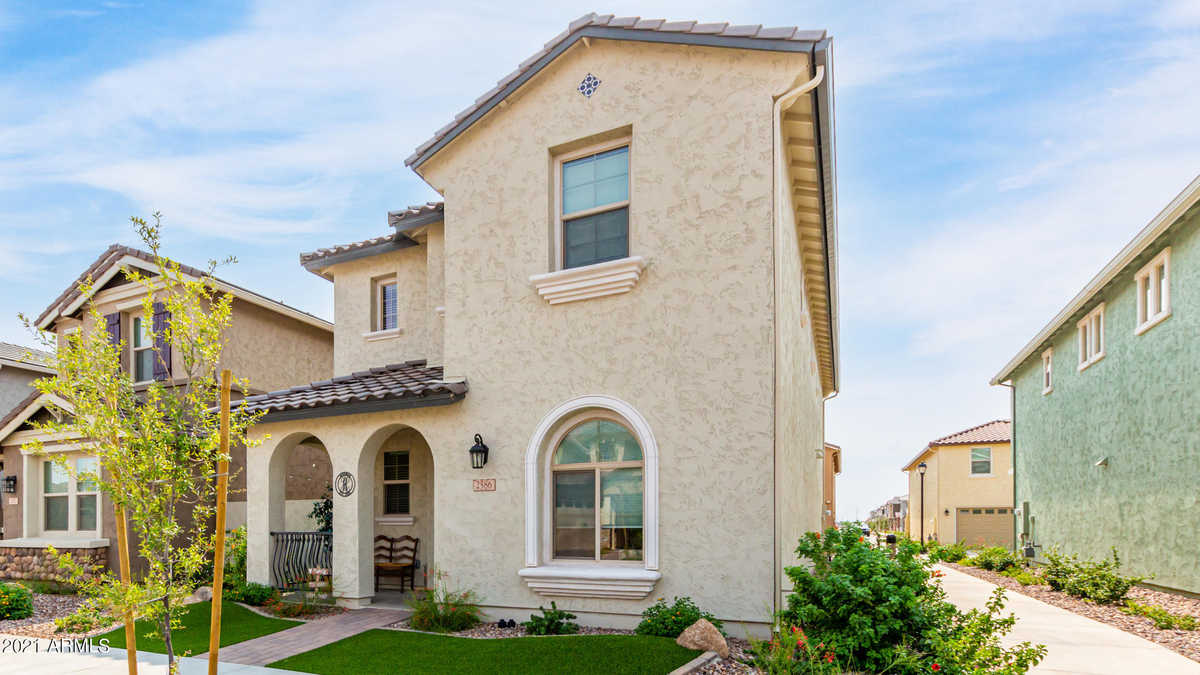 $439,900 - 4Br/3Ba - Home for Sale in Fulton Homes Cooley Station Parcels 9 11 17a & 30, Gilbert