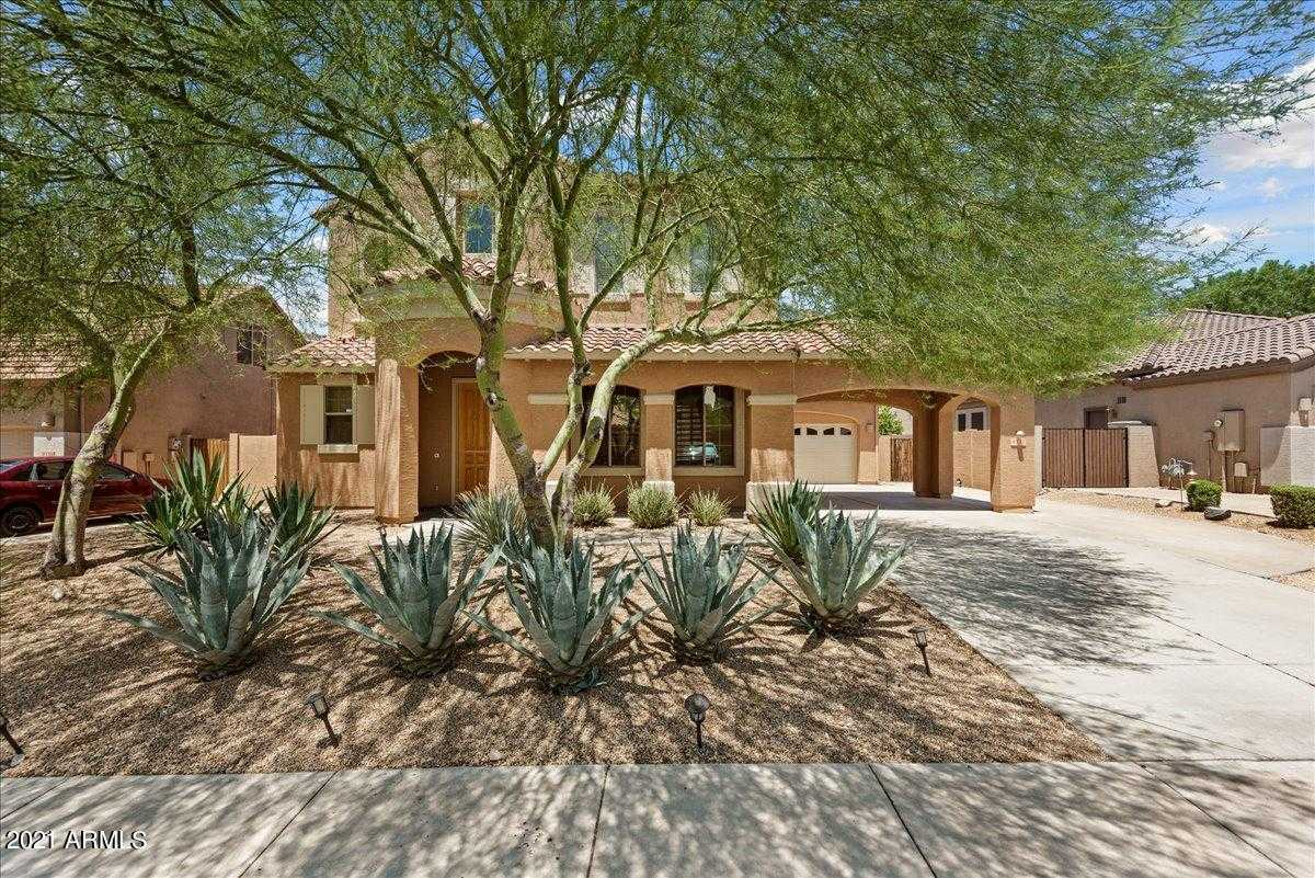 $650,000 - 7Br/4Ba - Home for Sale in Westwing Mountain, Peoria