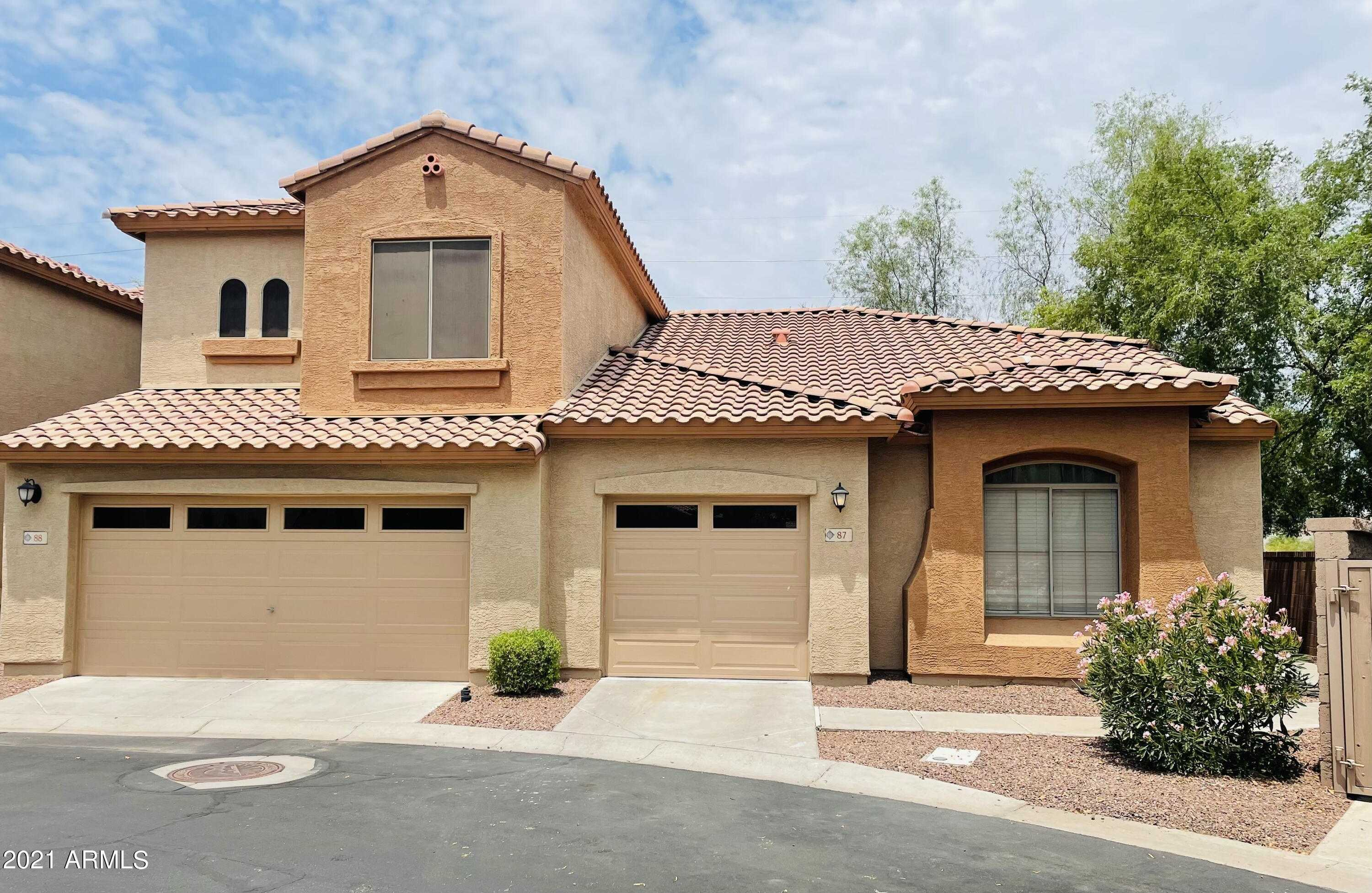 $330,000 - 2Br/2Ba -  for Sale in Rancho Del Ray Parcel 1 Final Plat, Chandler