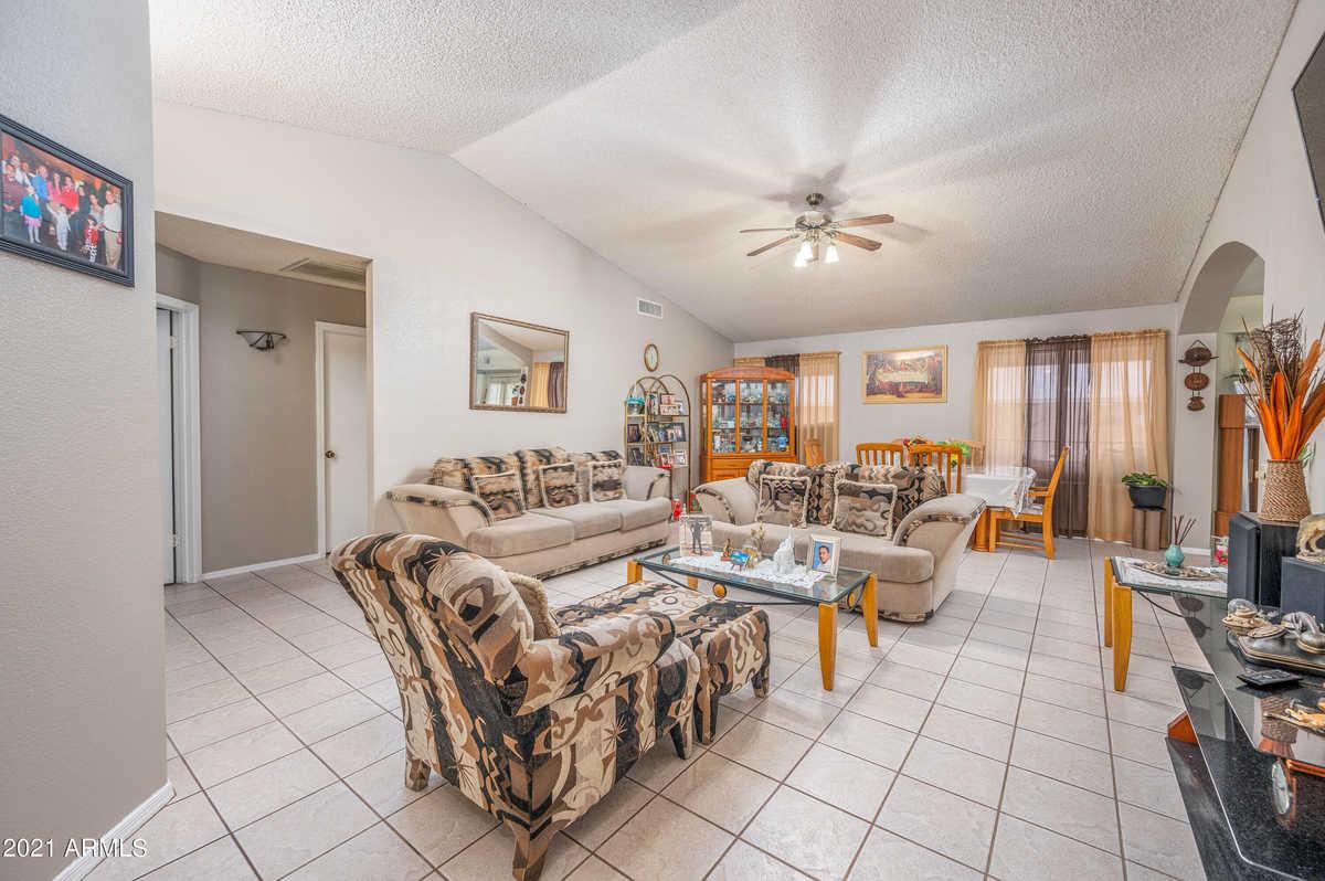 $364,999 - 4Br/2Ba - Home for Sale in Camelback Park Lot 1-288 Tr A-d, Glendale