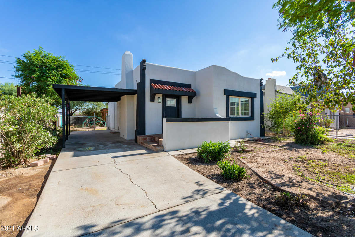 $354,999 - 4Br/1Ba - Home for Sale in West Lawn Annex, Phoenix