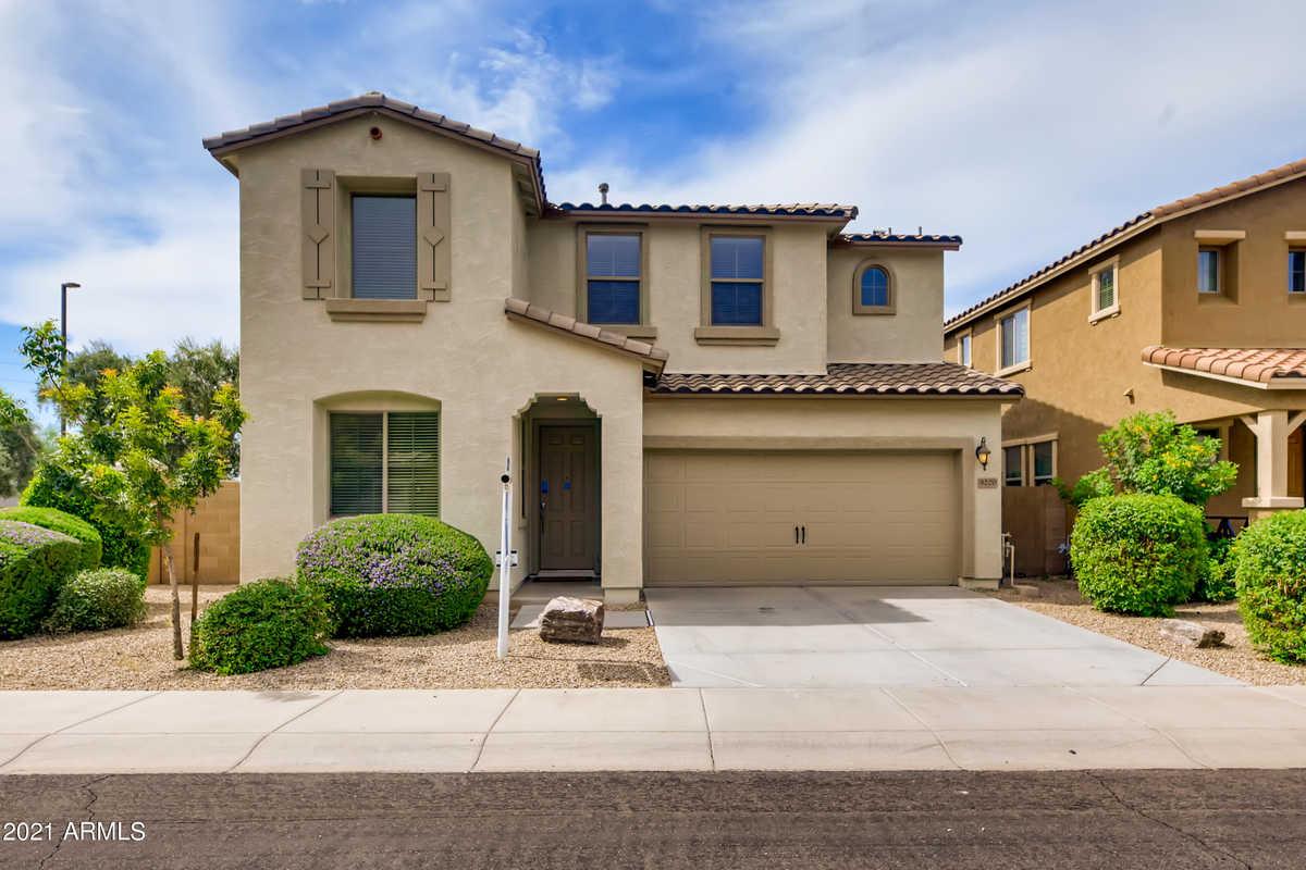 $569,900 - 3Br/3Ba - Home for Sale in Seville Parcel 35, Gilbert