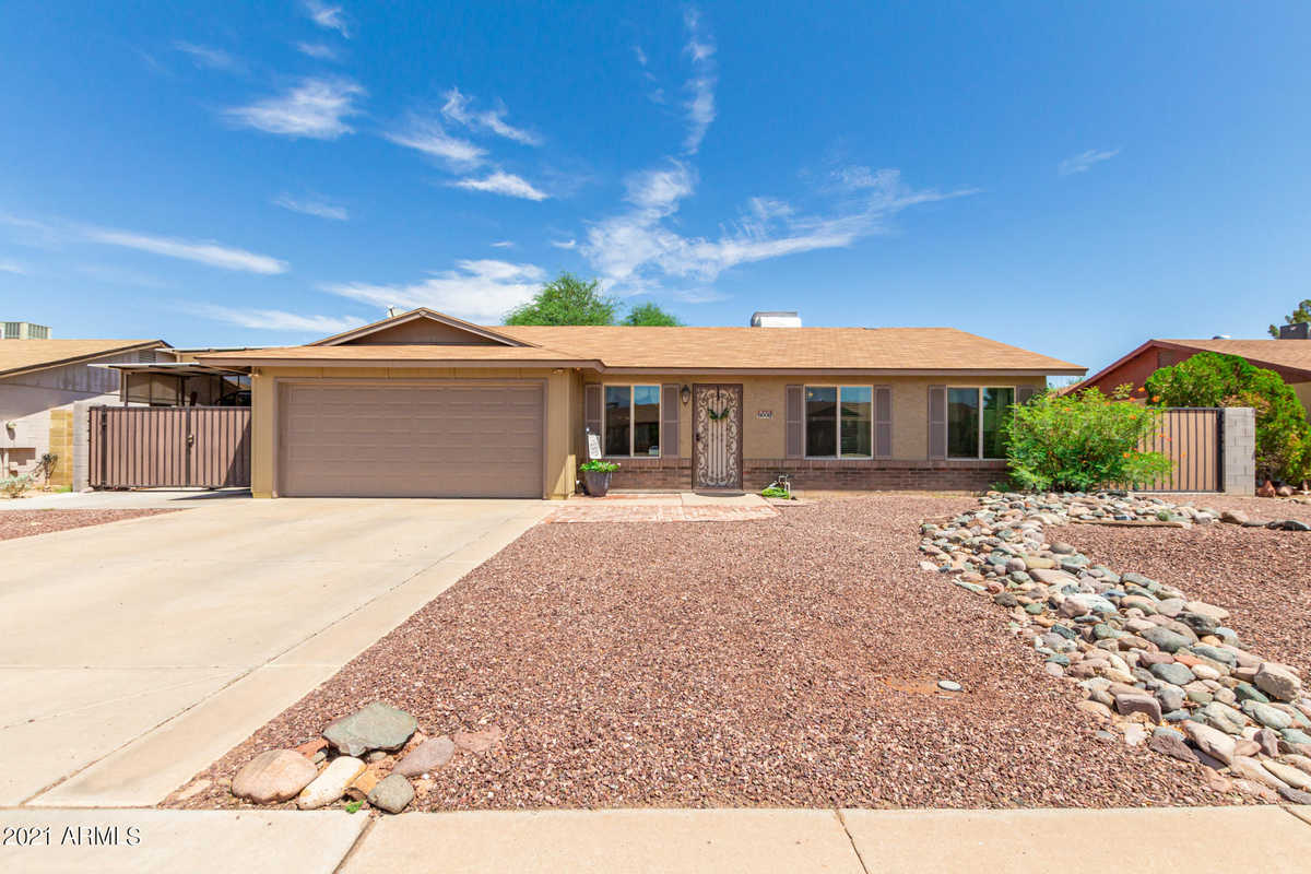 $348,828 - 3Br/2Ba - Home for Sale in Bedford Meadows, Peoria