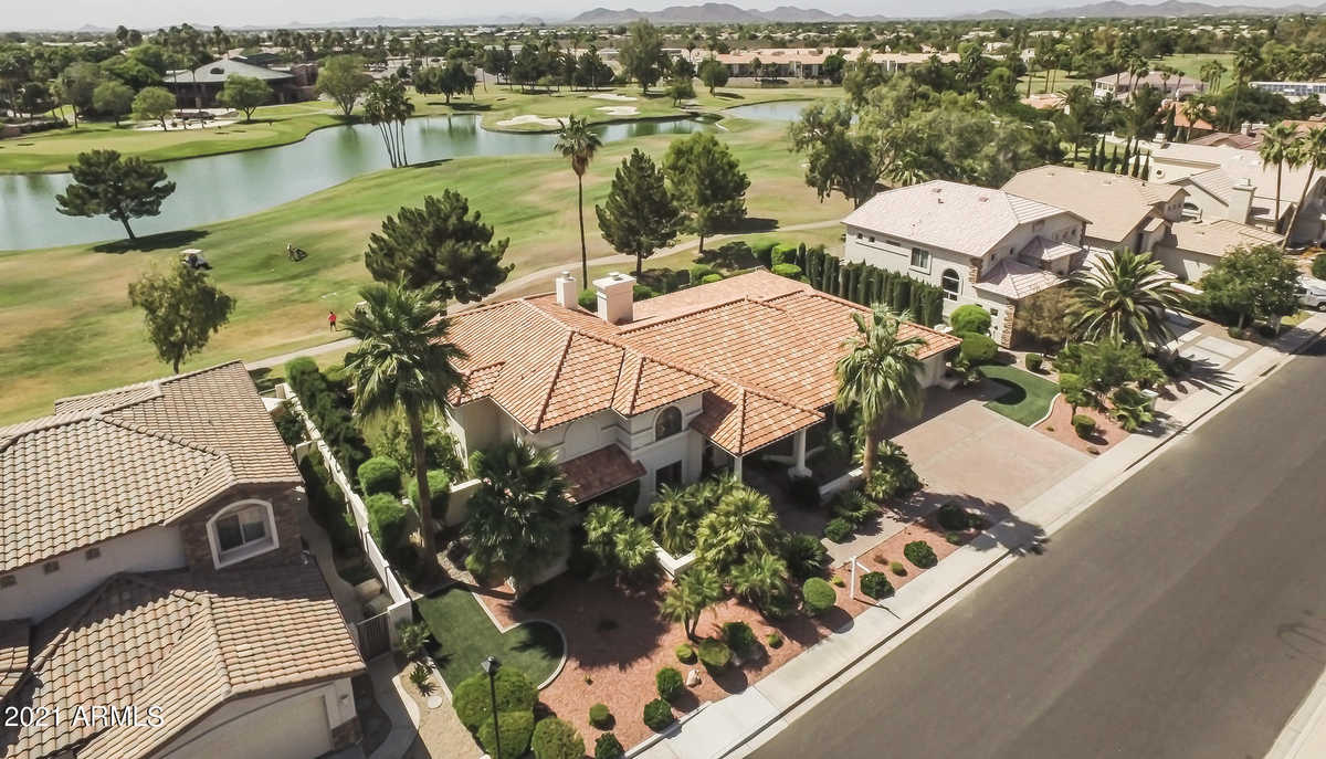 $1,300,000 - 4Br/3Ba - Home for Sale in Vistas At Arrowhead Ranch, Glendale