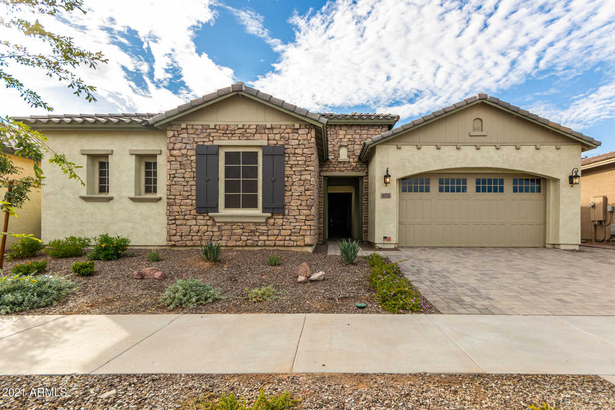 $725,000 - 4Br/4Ba - Home for Sale in Eastmark Development Unit 5/6 South, Mesa