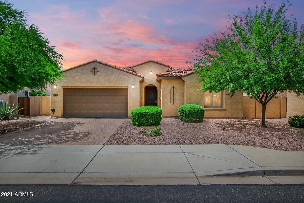 $525,000 - 3Br/3Ba - Home for Sale in Cibola Vista Parcel 3, Peoria