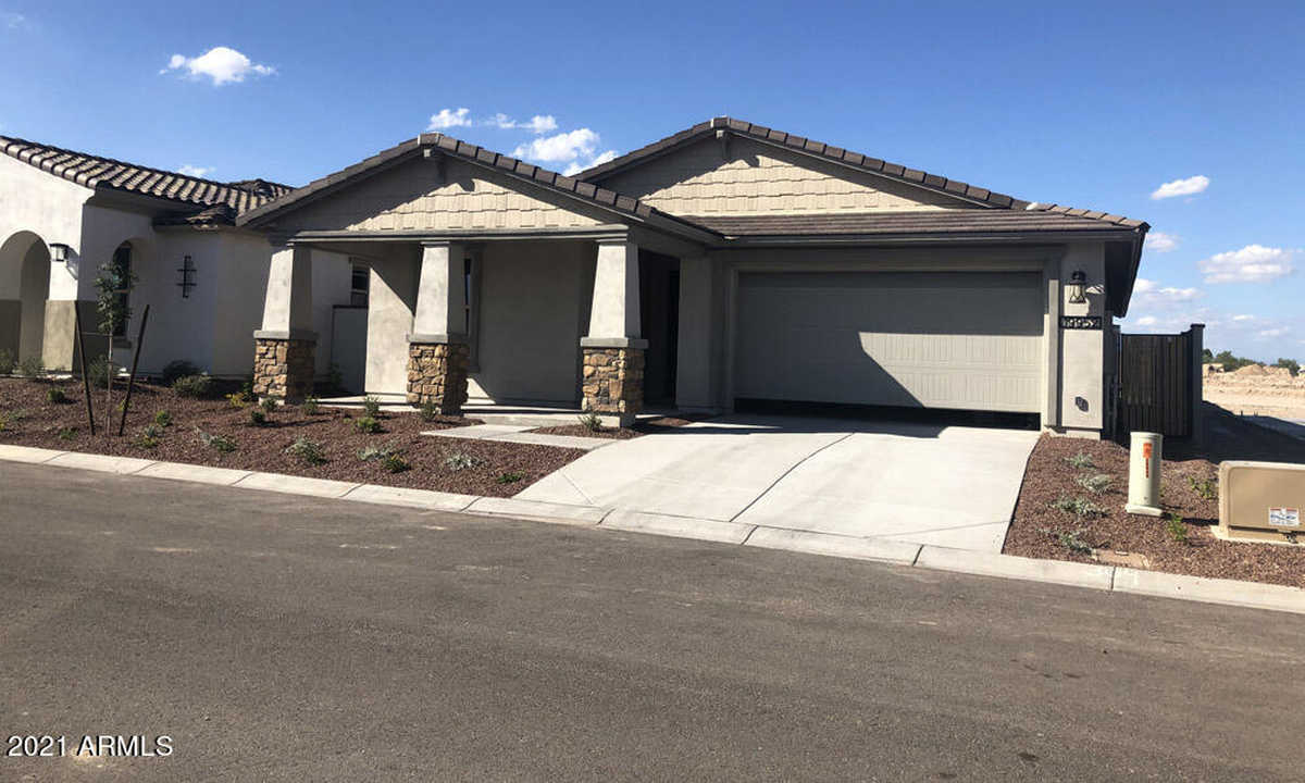 $457,490 - 3Br/3Ba - Home for Sale in Verrado East District Residential Phase 3b, Litchfield Park