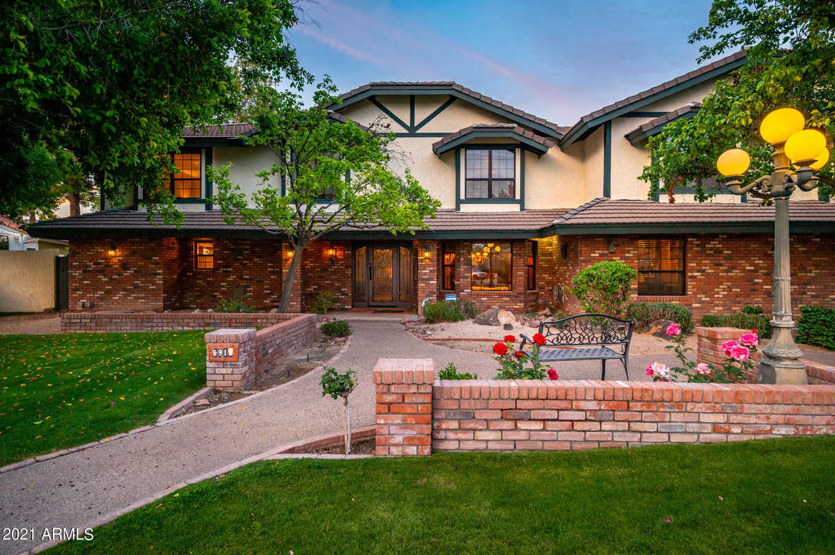 $1,199,500 - 4Br/5Ba - Home for Sale in Candlewood Estates, Peoria