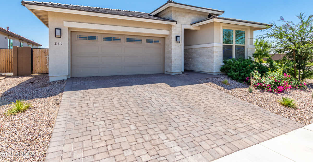 $535,000 - 4Br/3Ba - Home for Sale in Spur Cross Phase 2 Parcel 5, Queen Creek