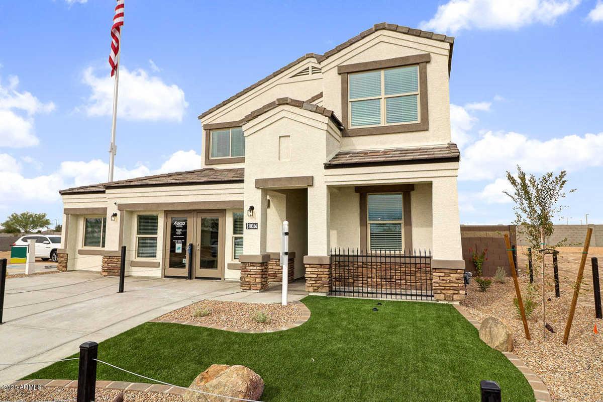 $427,850 - 4Br/3Ba - Home for Sale in Tartesso Unit 2a, Buckeye