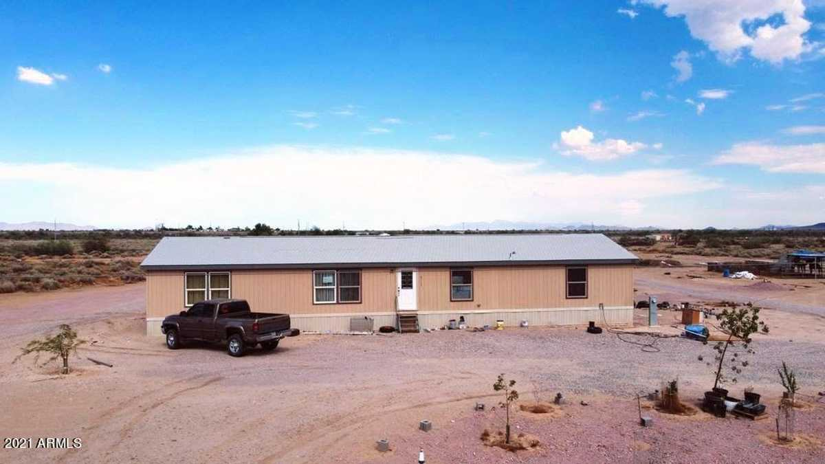 $330,000 - 4Br/2Ba -  for Sale in Unknown, Tonopah
