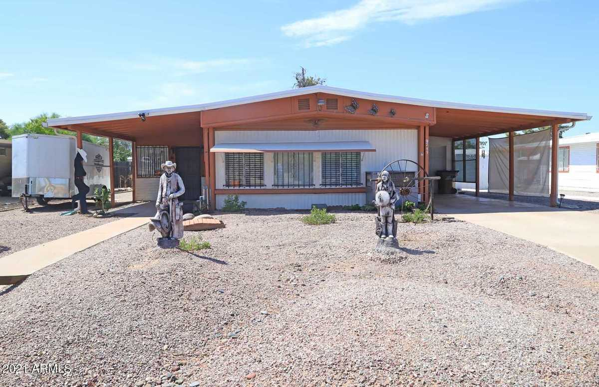 $230,000 - 2Br/2Ba -  for Sale in Superstition Country 3, Mesa
