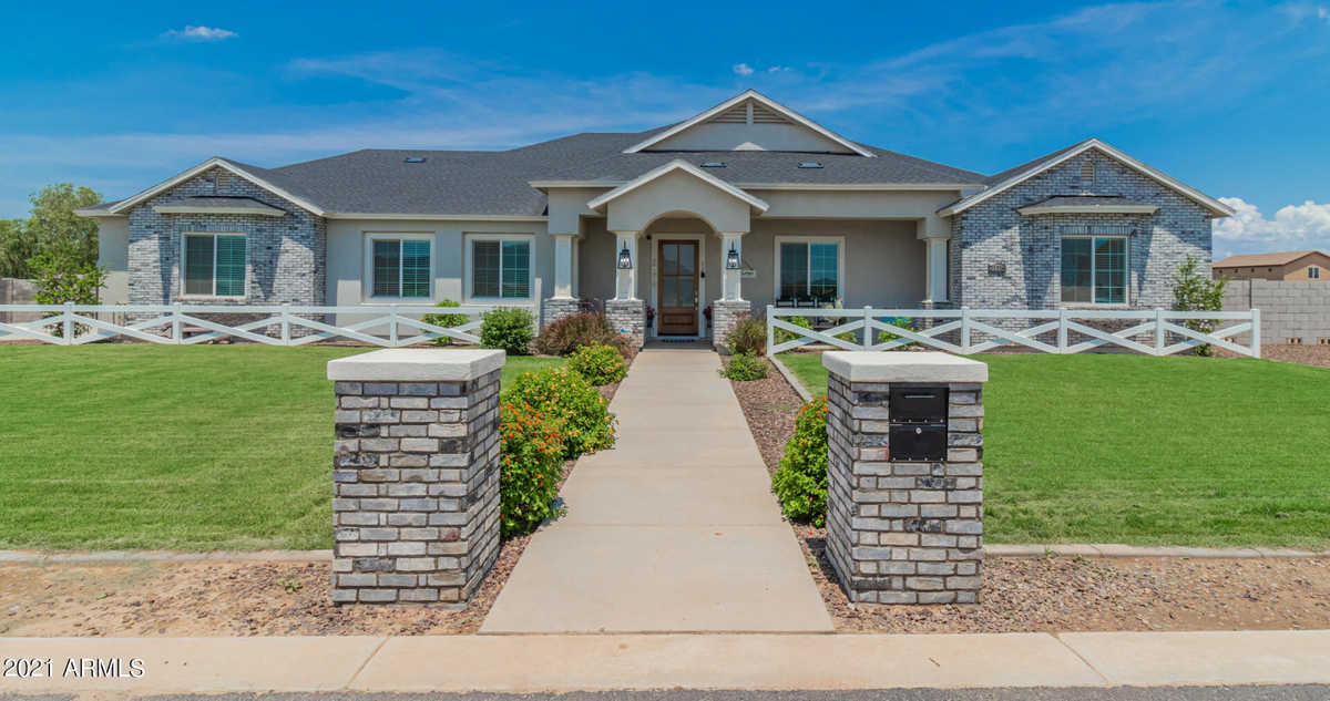 $1,250,000 - 5Br/3Ba - Home for Sale in Bc Homes Custom Community, Queen Creek