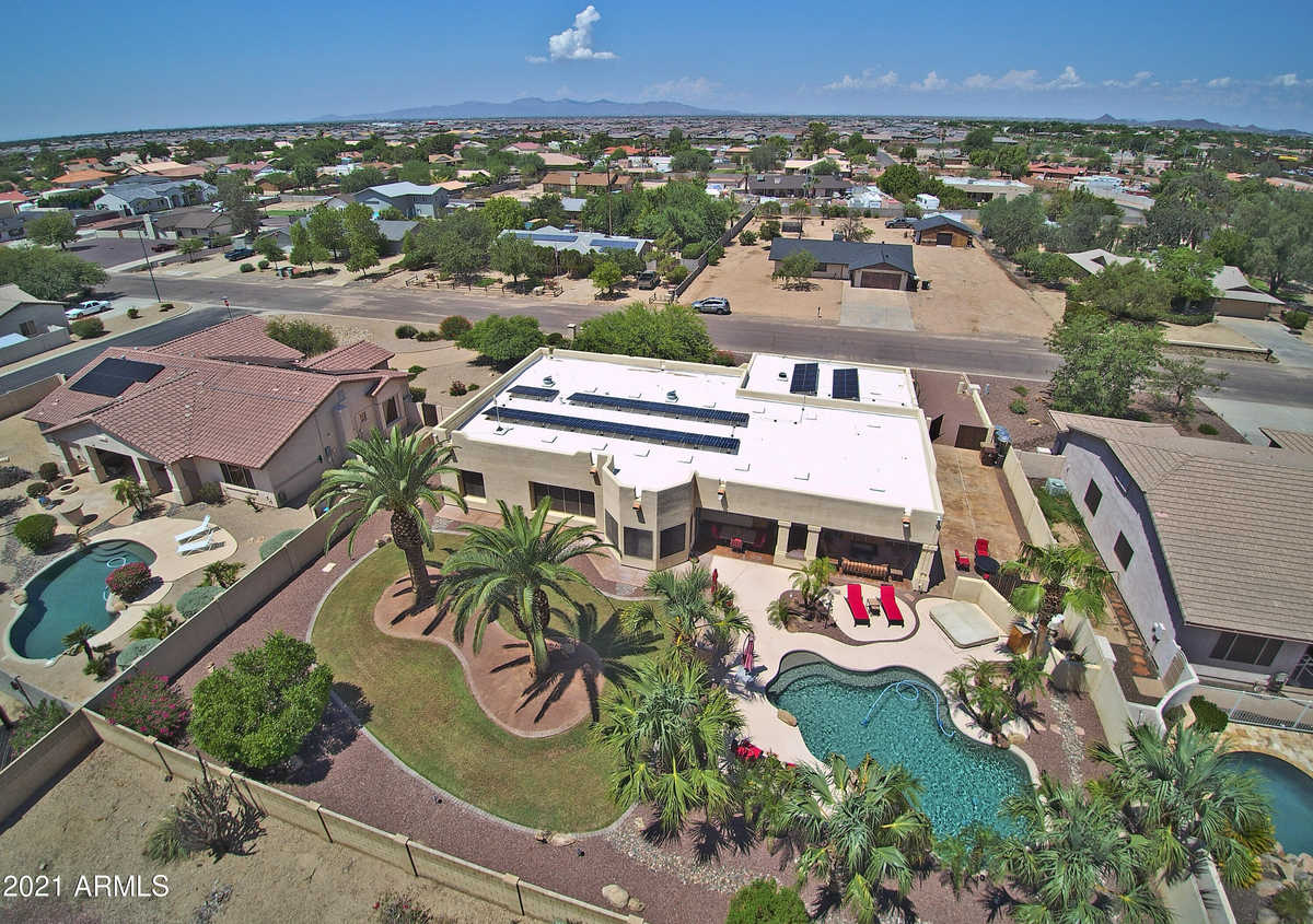 $799,999 - 4Br/3Ba - Home for Sale in Salida Del Sol, Peoria