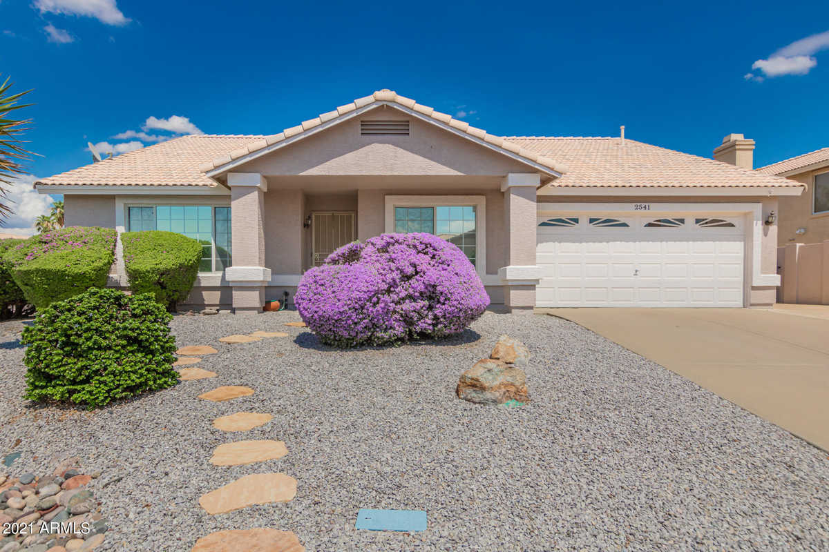 $499,000 - 3Br/2Ba - Home for Sale in Villa Royale 3 Unit 1, Mesa