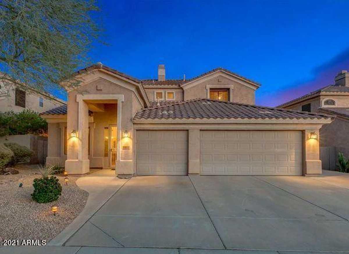 $724,995 - 5Br/4Ba - Home for Sale in Parcels 18a 19d 19e And 26b At Fh Club Wst Phase 1, Phoenix