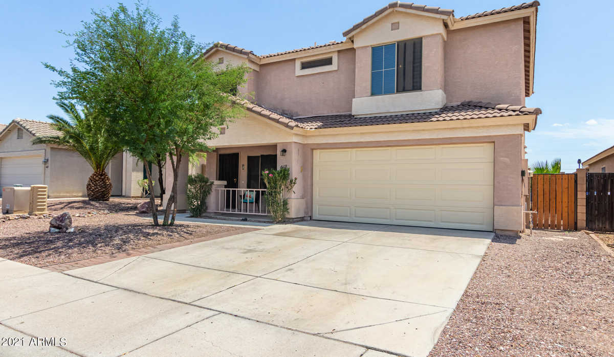 $395,000 - 3Br/3Ba - Home for Sale in Dave Brown Westview, Glendale