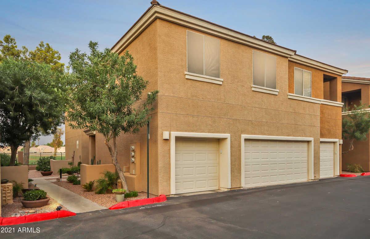 $280,000 - 2Br/2Ba -  for Sale in Royal Palms Condominiums, Mesa