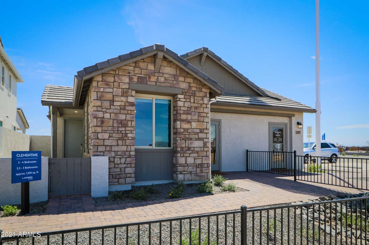 $585,608 - 3Br/3Ba - Home for Sale in Harvest Queen Creek Parcel 1-1, Queen Creek