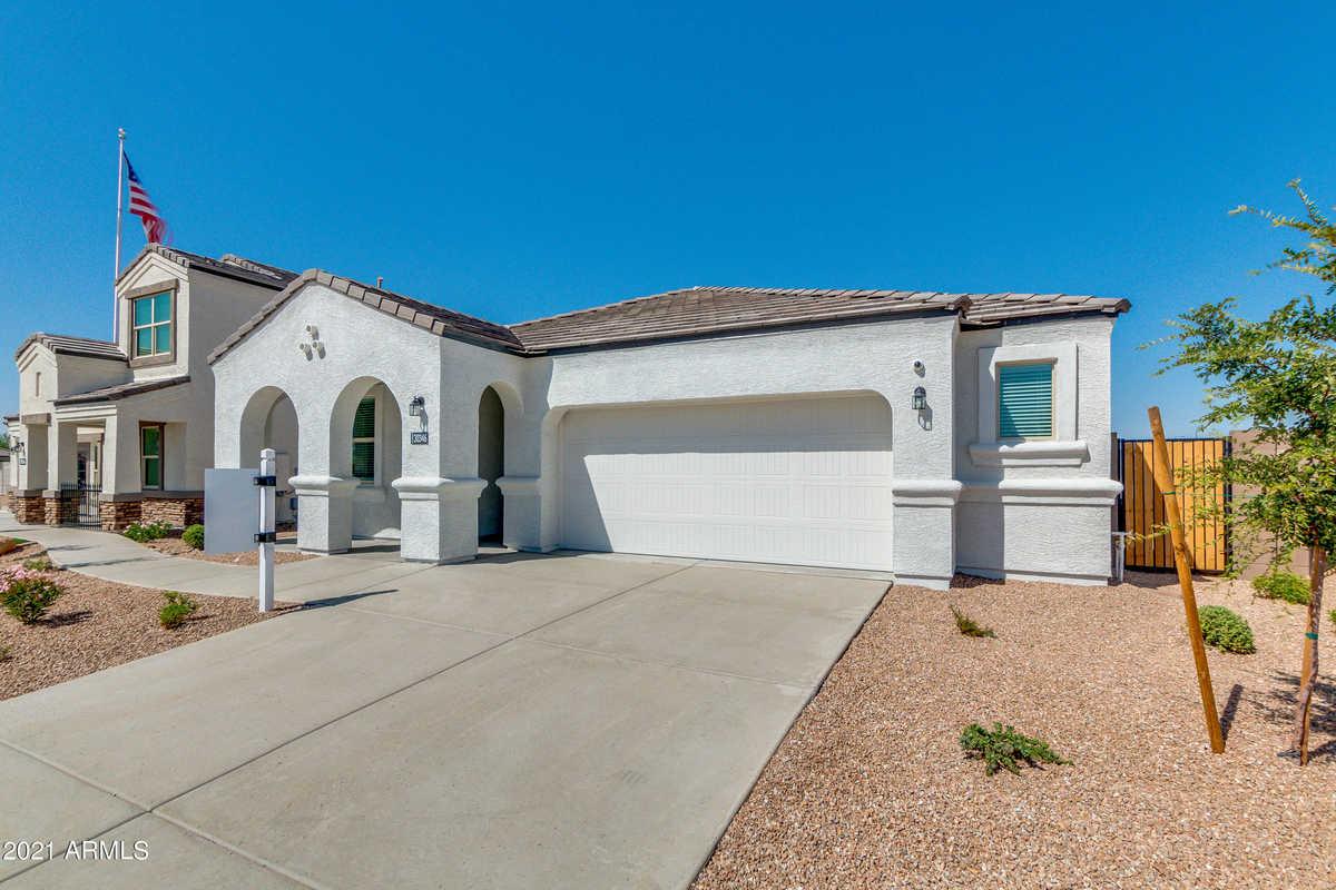$386,925 - 4Br/2Ba - Home for Sale in Tartesso Unit 2a, Buckeye