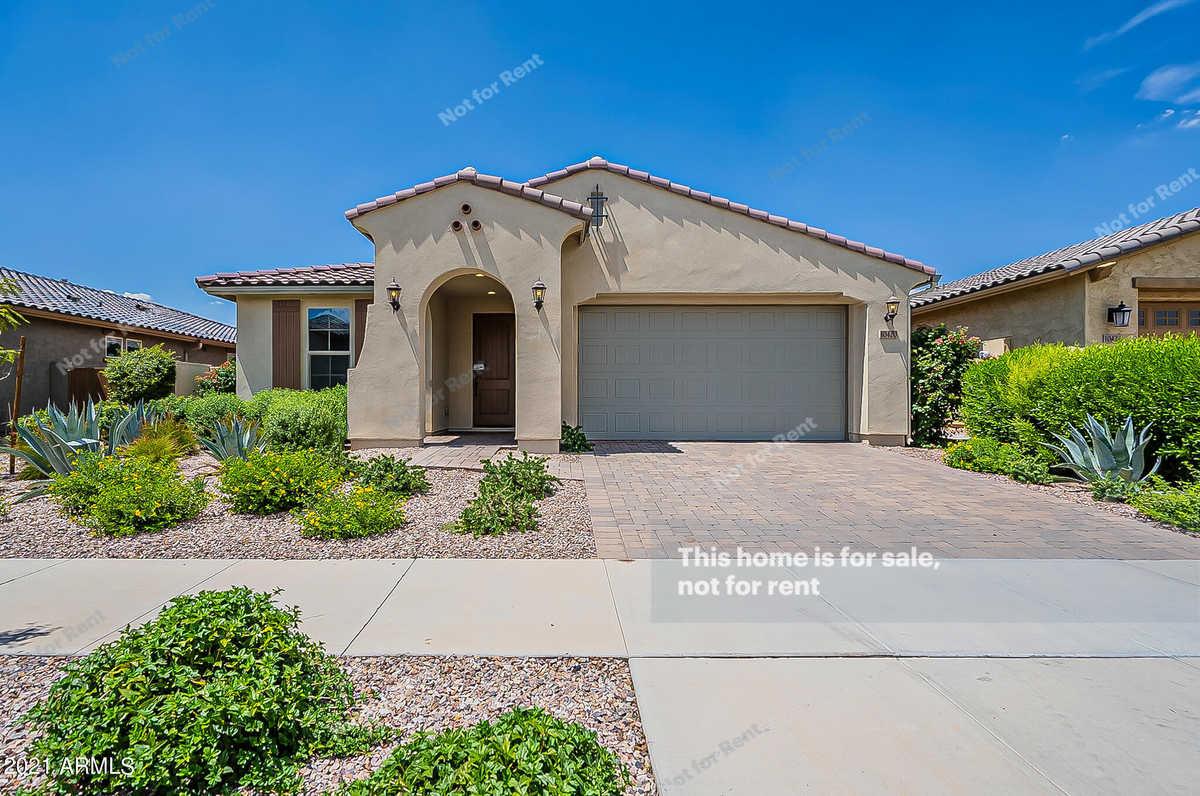 $530,000 - 4Br/3Ba - Home for Sale in Eastmark Development Unit 7 North Parcels 7-6 Thru, Mesa
