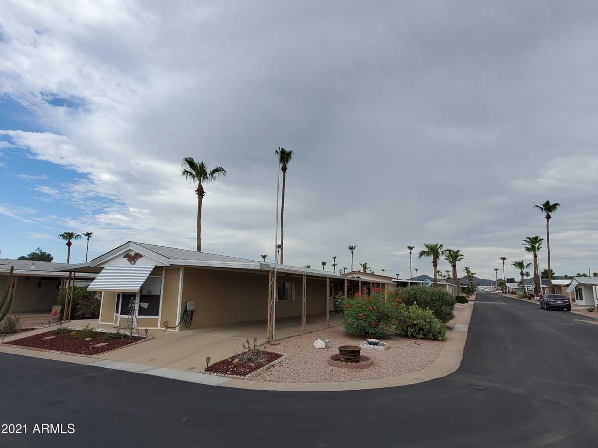 $59,000 - 2Br/2Ba -  for Sale in Holiday Palms, Mesa