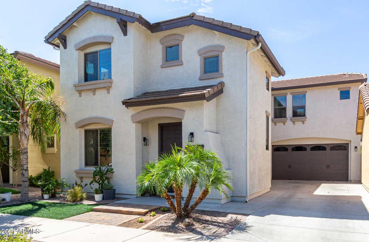 $455,000 - 4Br/3Ba - Home for Sale in Cortina Parcel 13, Queen Creek