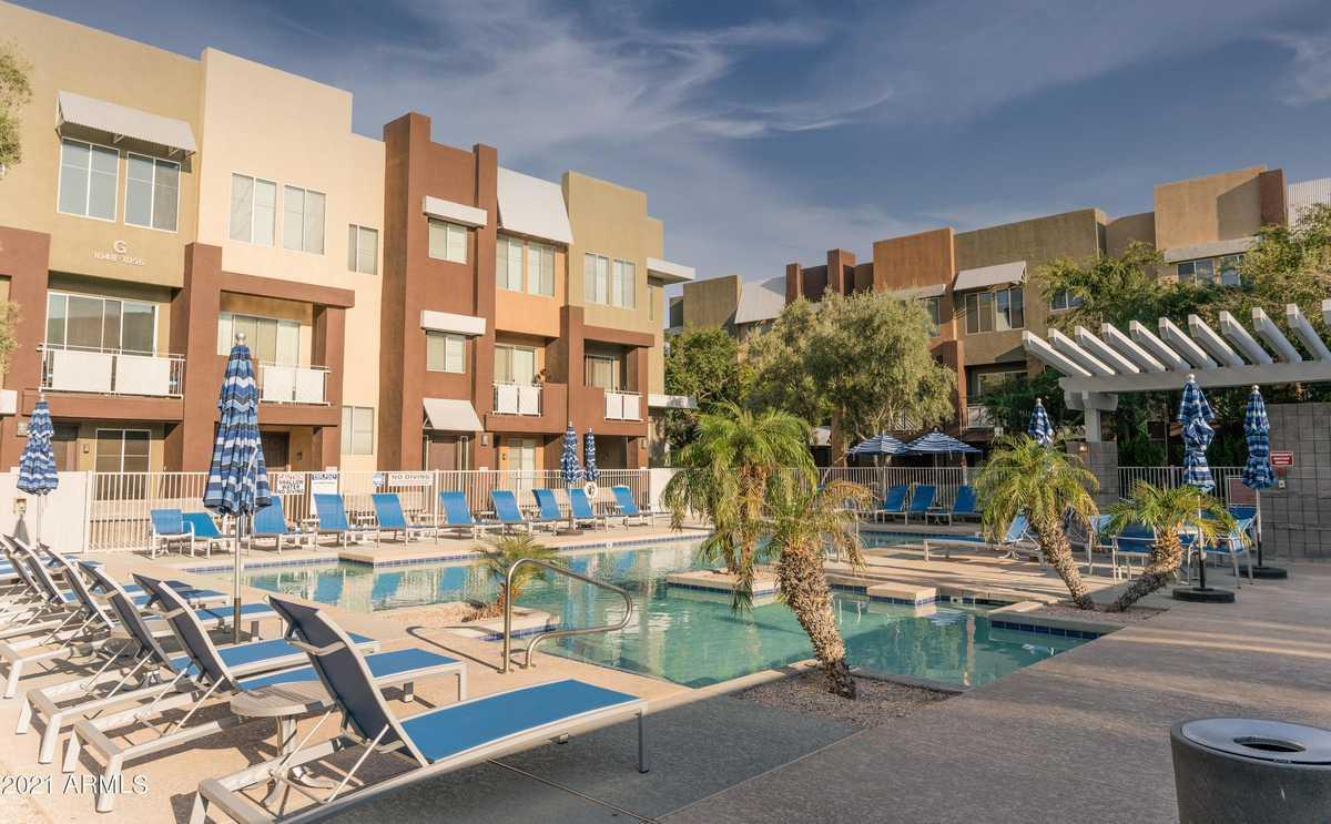 $340,000 - 2Br/3Ba -  for Sale in Quarter Condominium, Glendale