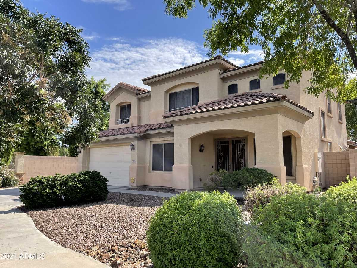 $505,000 - 4Br/4Ba - Home for Sale in Rovey Farm Estates South, Glendale