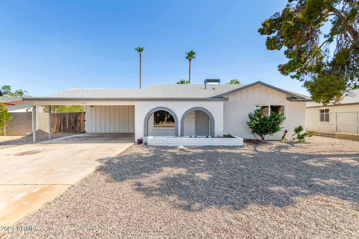 $379,000 - 4Br/2Ba - Home for Sale in Continental East Unit 6, Tempe