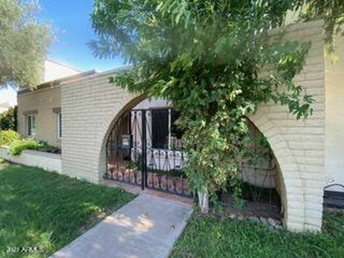 $459,000 - 4Br/2Ba -  for Sale in Continental Villas, Scottsdale