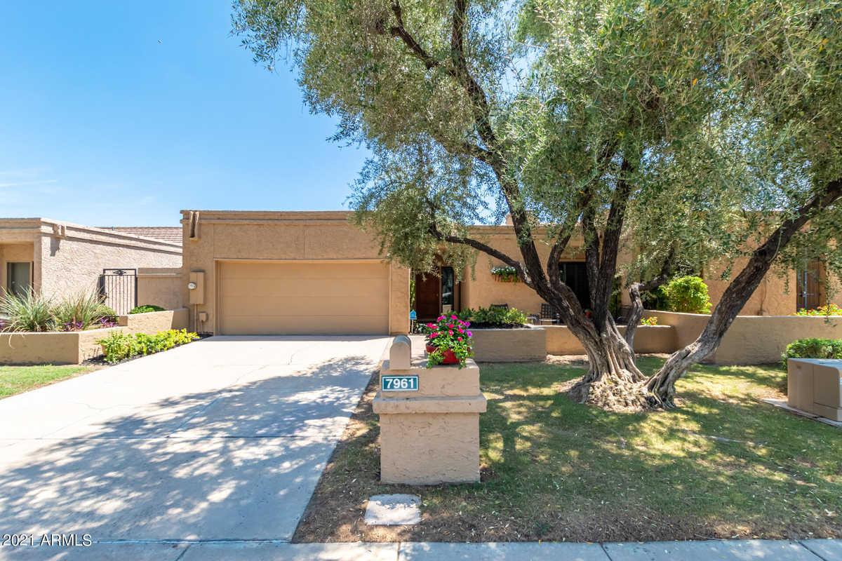 $609,000 - 3Br/2Ba -  for Sale in Walden Place, Scottsdale