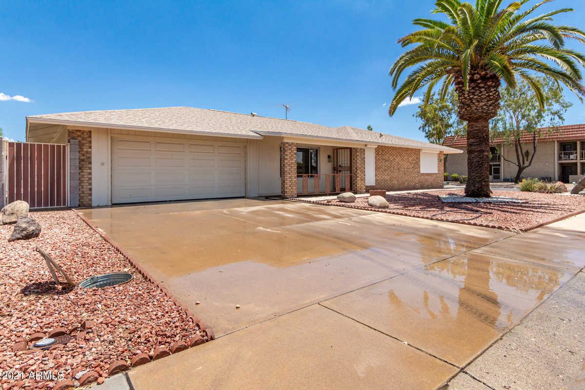 $439,995 - 2Br/2Ba - Home for Sale in Sun City Unit 48 Lot 1 Through 247 Tract A & B, Sun City