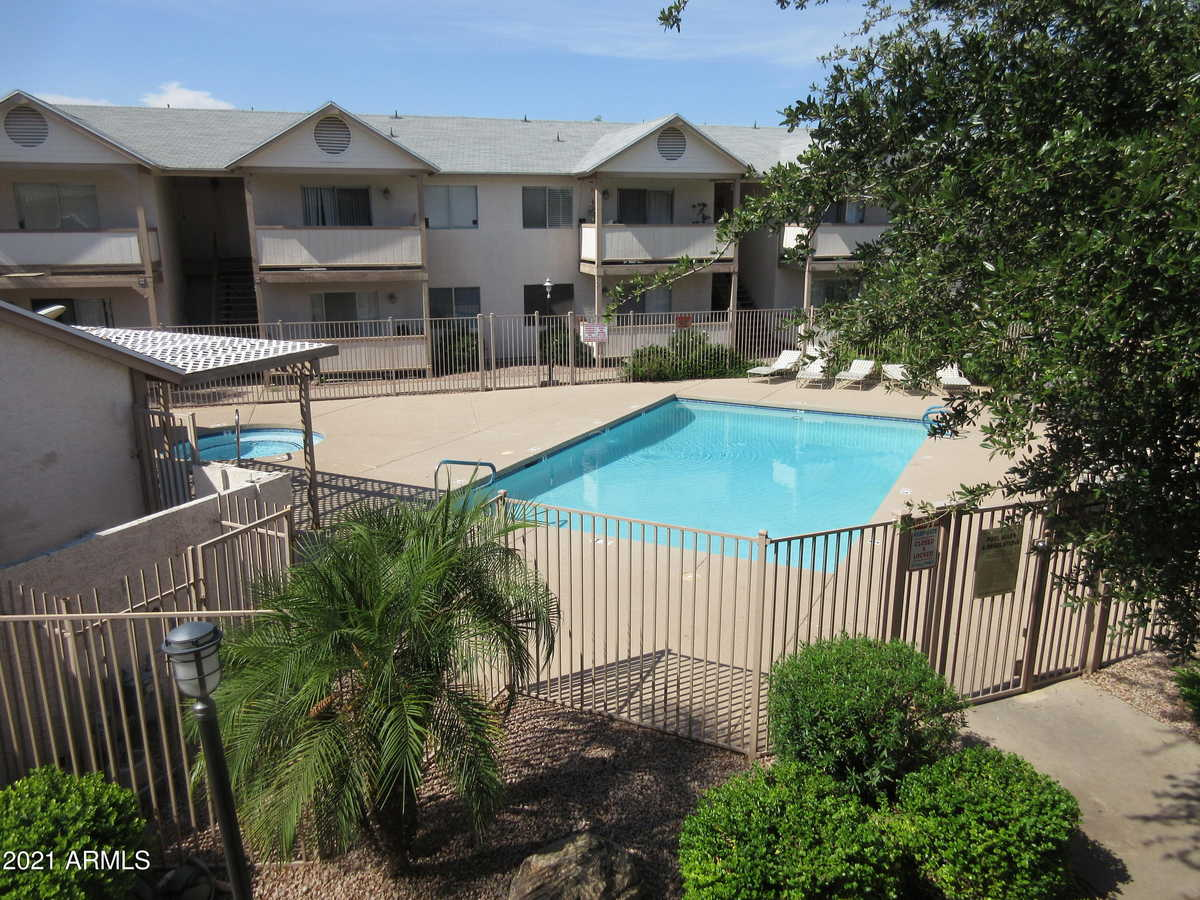 $209,900 - 2Br/2Ba -  for Sale in Worthington Place Condos, Tempe