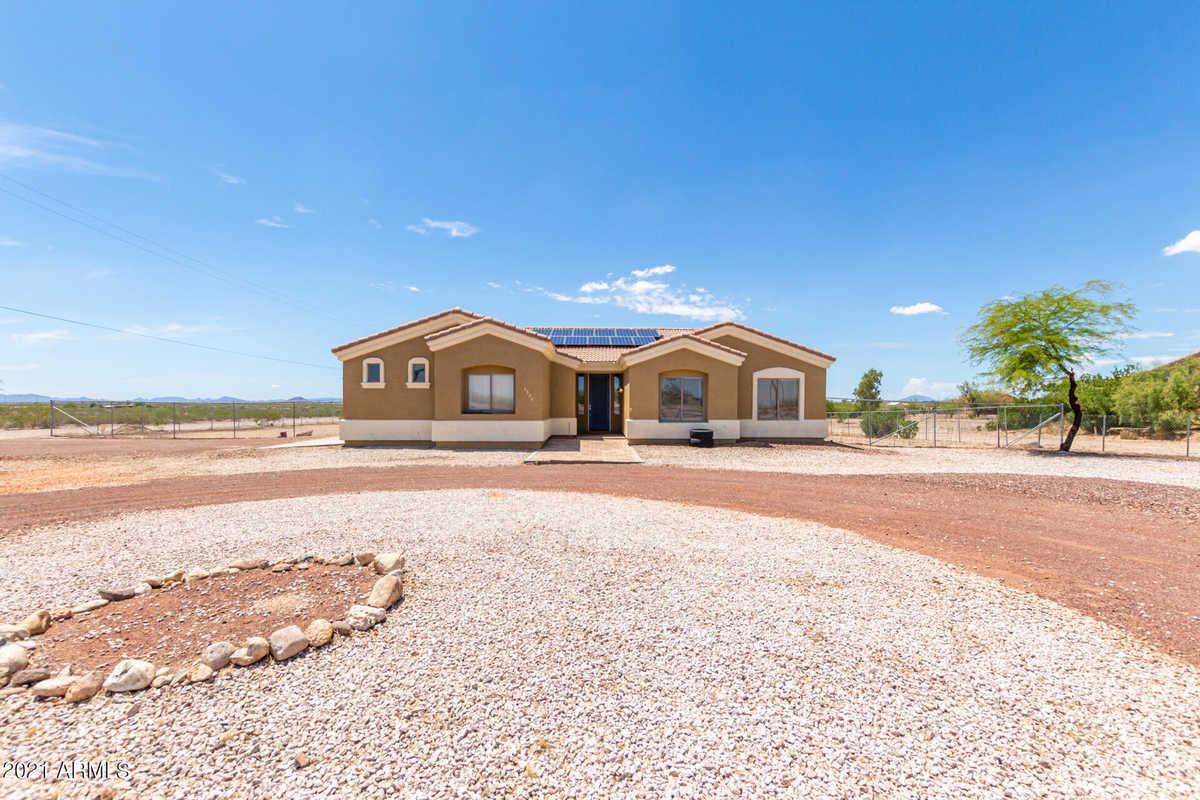 $399,900 - 3Br/2Ba - Home for Sale in Dixie Park, Tonopah