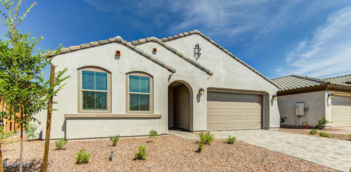 $565,193 - 2Br/3Ba - Home for Sale in Eastmark Du 3/4 North Phase 2 And 3, Mesa