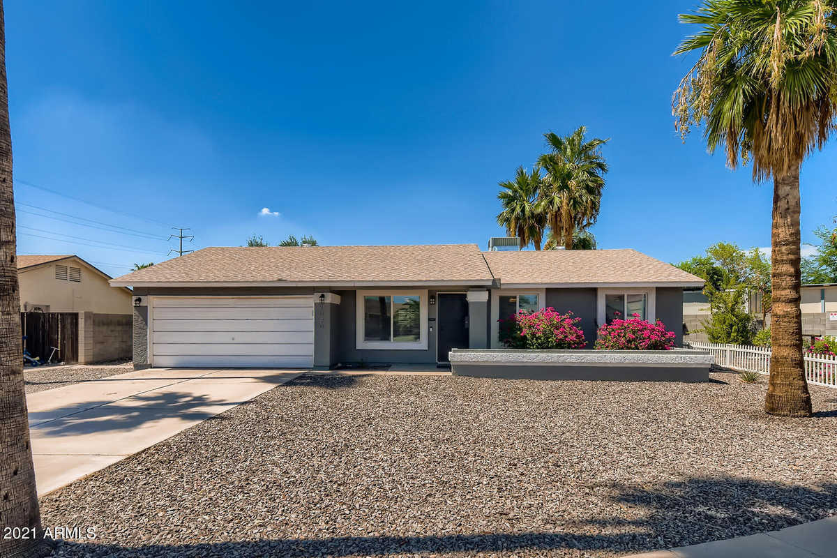 $399,999 - 3Br/2Ba - Home for Sale in Wood Park Village, Tempe