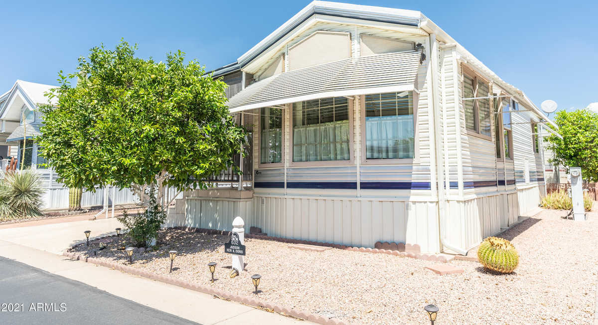 $130,000 - 1Br/2Ba -  for Sale in Carriage Manor Resort, Mesa