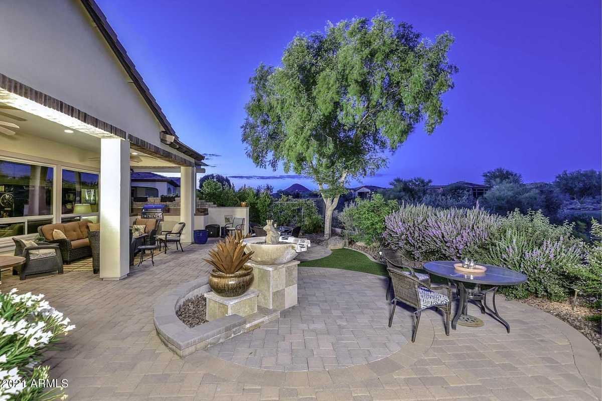$899,900 - 2Br/3Ba - Home for Sale in Trilogy At Vistancia, Peoria