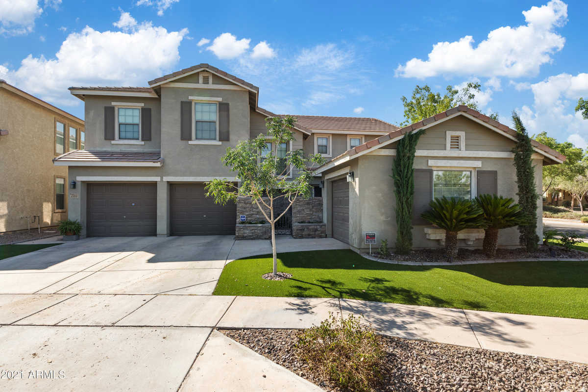 $595,000 - 5Br/3Ba - Home for Sale in Cooley Station Phase 1, Gilbert