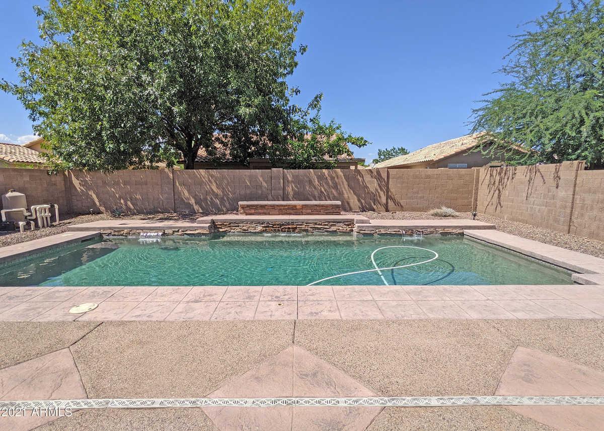 $399,900 - 3Br/2Ba - Home for Sale in Hillcrest Ranch, Glendale