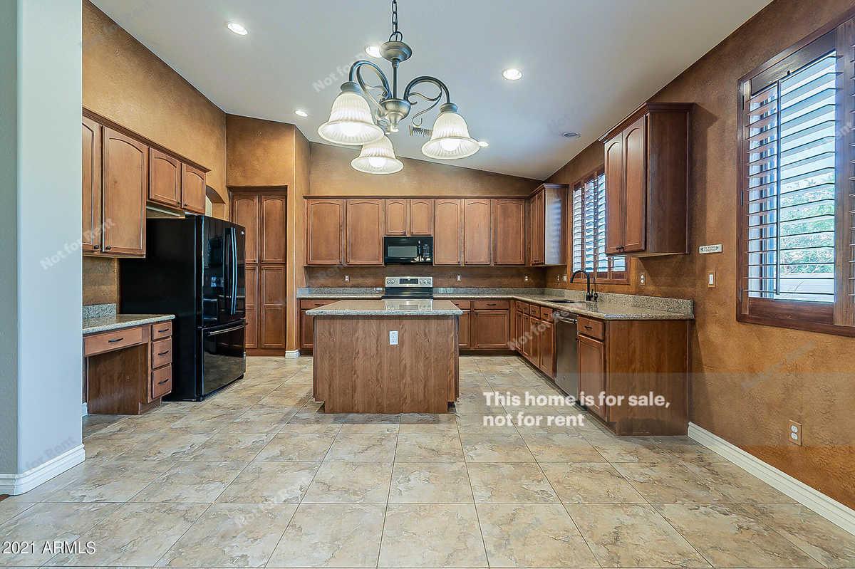 $645,000 - 4Br/3Ba - Home for Sale in Cibola Vista Parcel 4, Peoria
