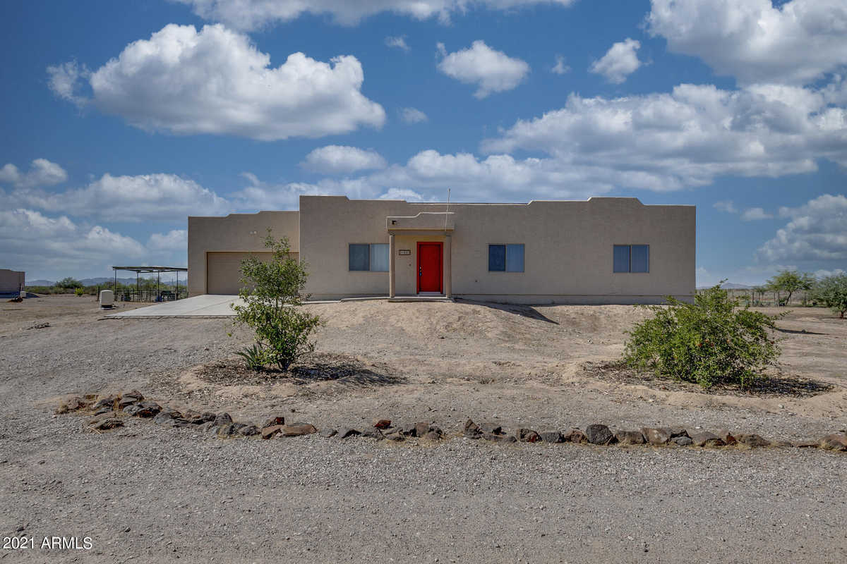 $320,000 - 3Br/2Ba - Home for Sale in Meets & Bounds, Tonopah