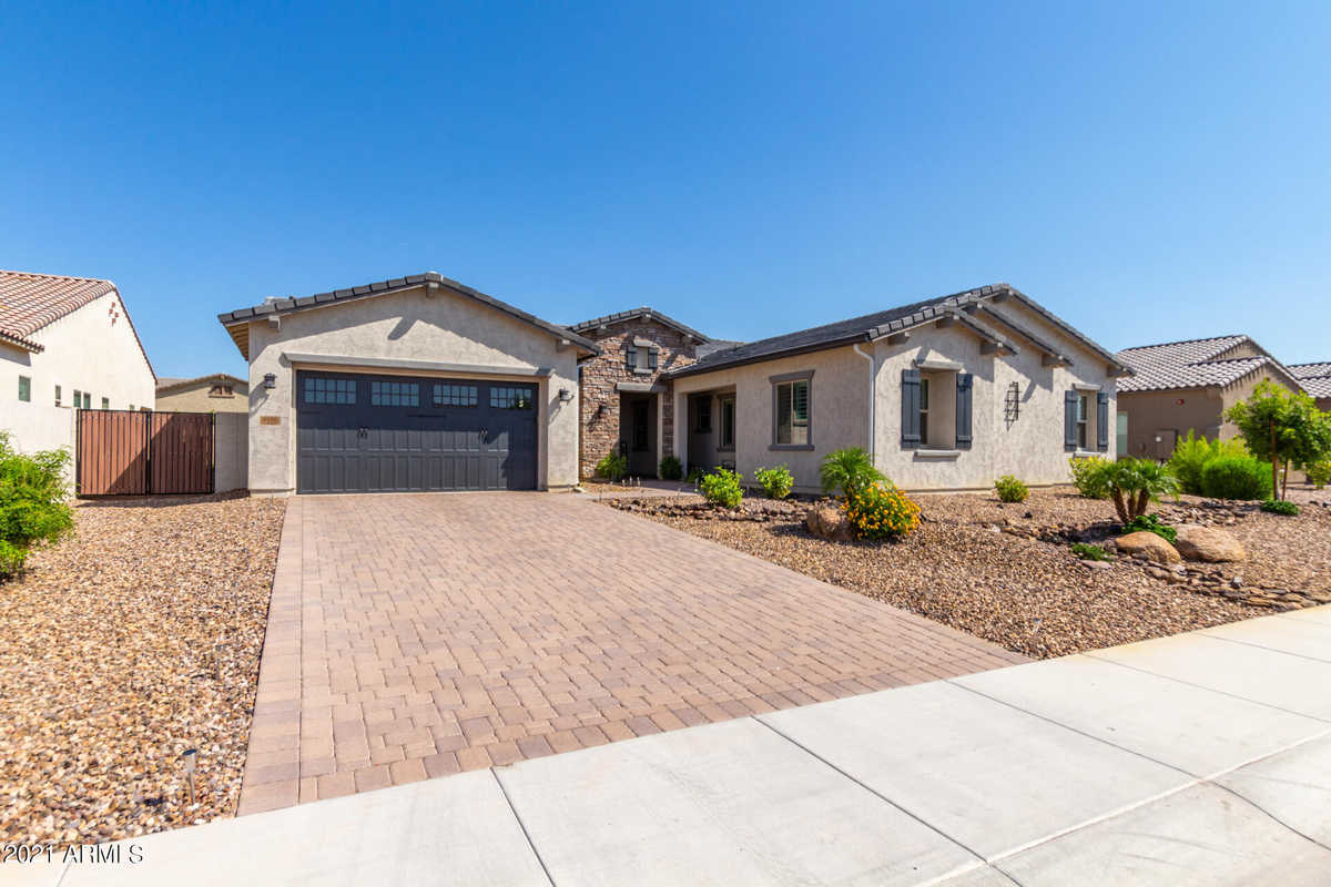 $1,150,000 - 5Br/4Ba - Home for Sale in Meadows Parcel 2b, Peoria