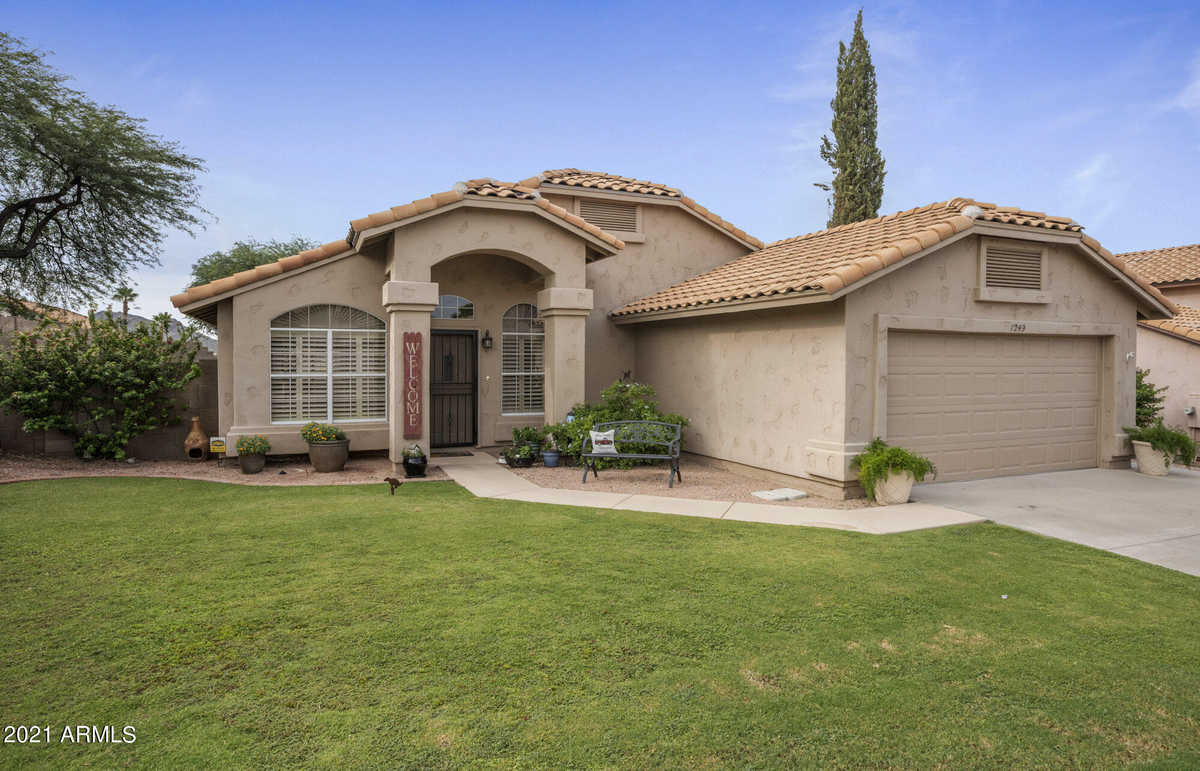 $460,000 - 4Br/2Ba - Home for Sale in Terraces At North Canyon Lot 1-95 Tr A-f, Phoenix