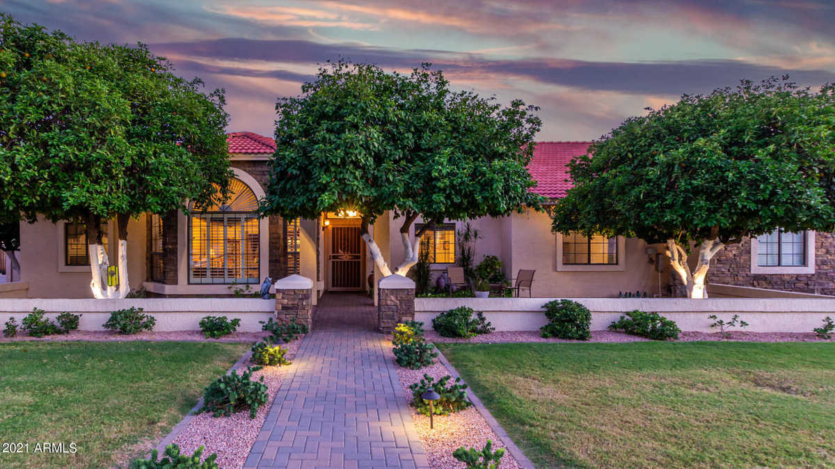 $825,000 - 4Br/3Ba - Home for Sale in Bradley Country Estates Lot 1-73 Tr A, Mesa