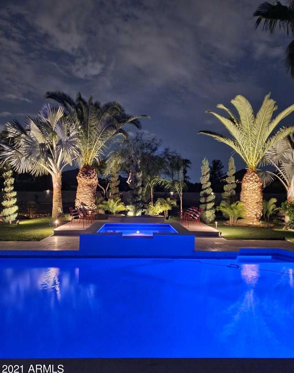$3,975,000 - 7Br/4Ba - Home for Sale in Squaw Peak Estates Tr 7, 10, Paradise Valley