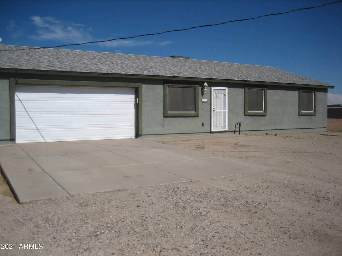 $519,900 - 3Br/2Ba - Home for Sale in S3 T3s R7e, Queen Creek