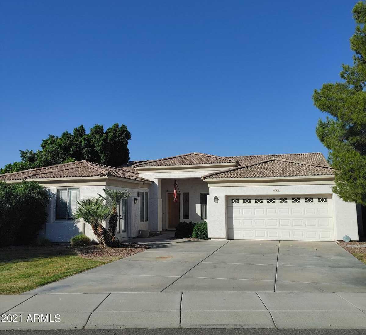 $519,000 - 4Br/3Ba - Home for Sale in Crystal Gardens Parcel 4, Avondale